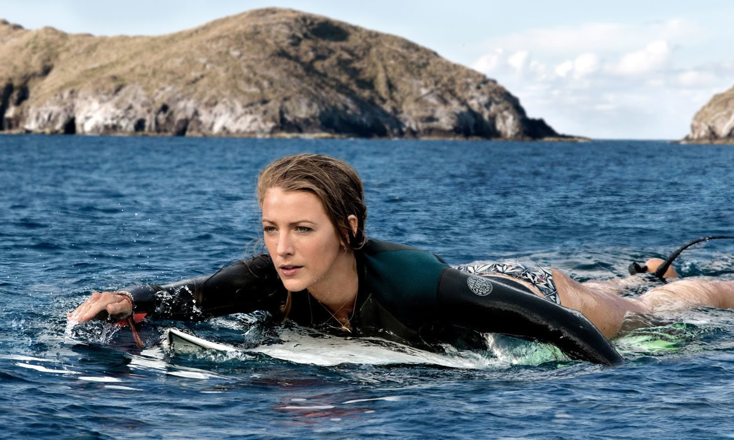 Crítica: Águas Rasas (The Shallows, EUA, 2016)
