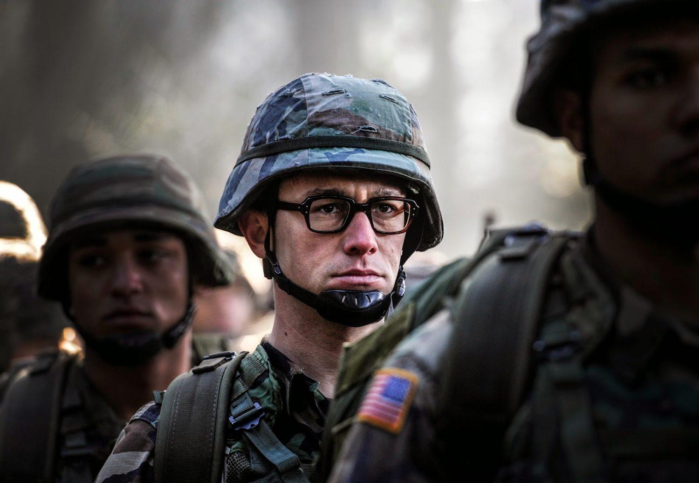 Crítica: Snowden – Herói ou Traidor? (Snowden, EUA, 2016)
