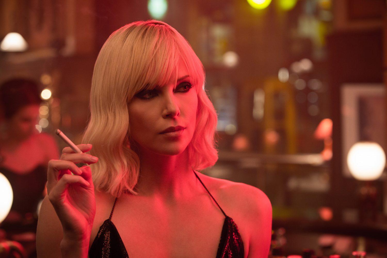 """Assista ao novo trailer de """"Atômica"""" com Charlize Theron e James McAvoy"""